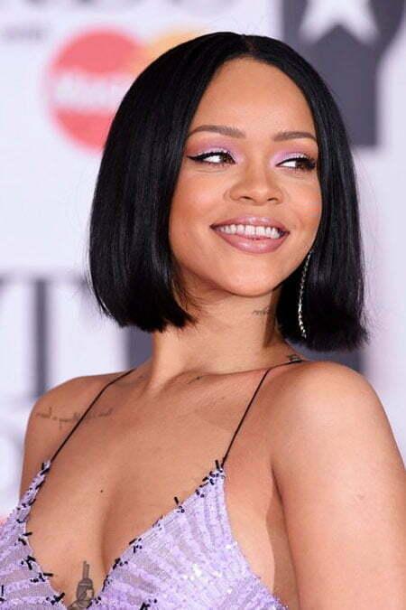 18 Best Rihanna Short Hairstyles
