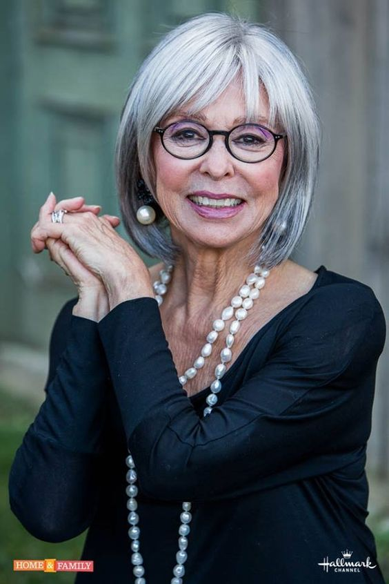 Top Short Haircuts For Women Over 60 With Fine Hair
