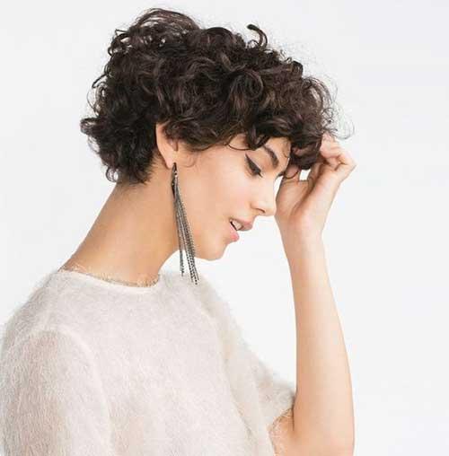 20 Short Haircuts For Curly Hair Women For Cute Locks Short