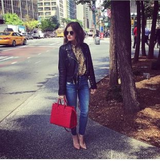 sta-lucy-hale_4