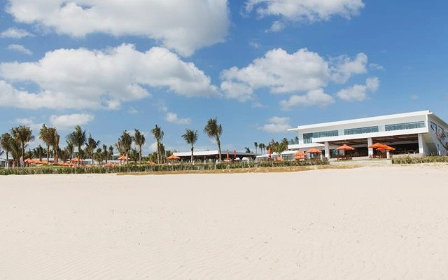 lCam Ranh Riviera Beach Resort7