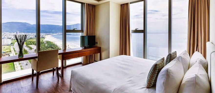 a-la-carte-da-nang-beach-hotel