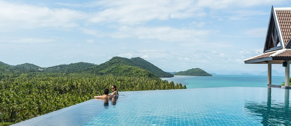 IC-Samui-Baan-Taling-Ngam-Panoramic-View-Infinity-Pool-2048x1366