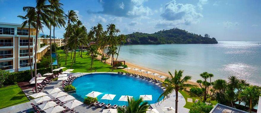phuket-panwa-beachfront-resort-1