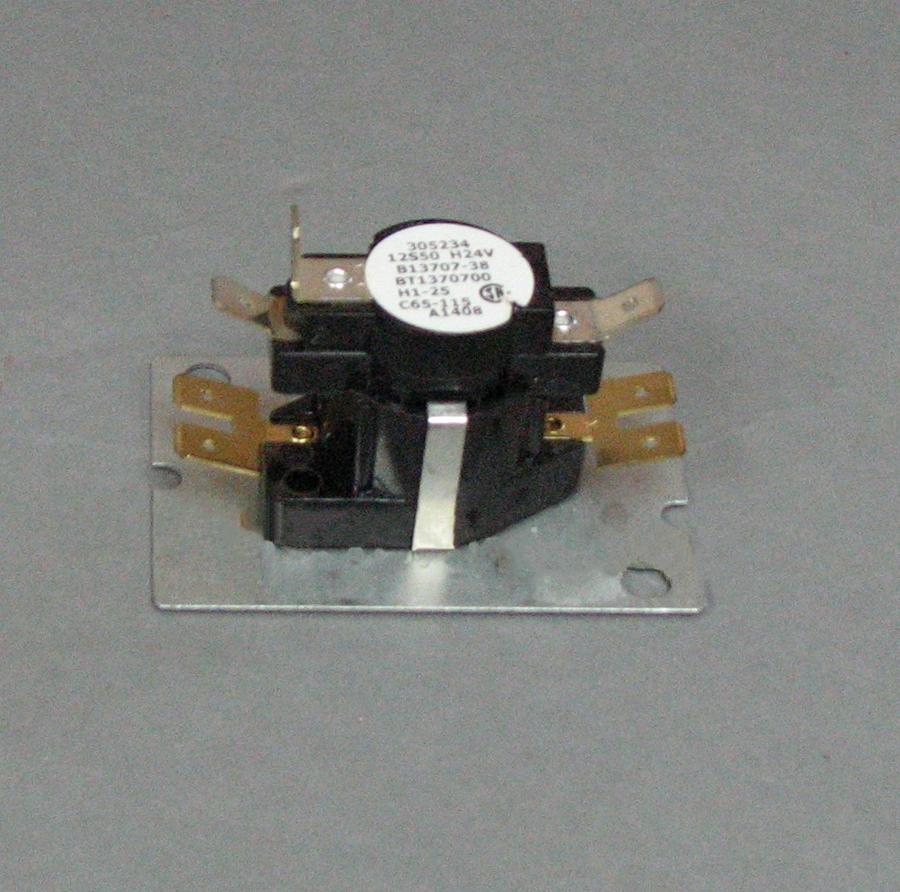 medium resolution of goodman time delay relay b13707 38