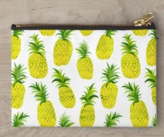 Pineapple party pouch
