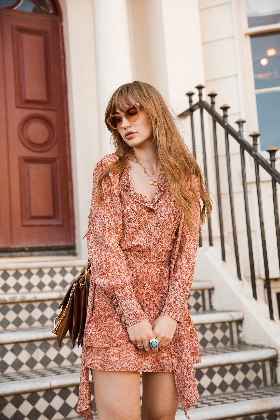 Blogger fashion photoshoot of Sara Waiste in 70s style by London photographer Ailera Stone
