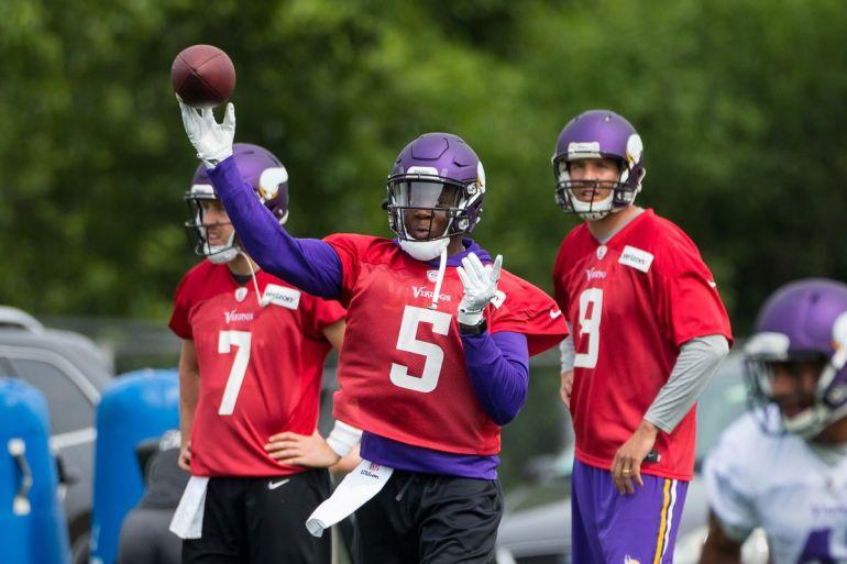 456932b9a6 O Minnesota Vikings está certo em abrir mão dos três quarterbacks que tem  no elenco