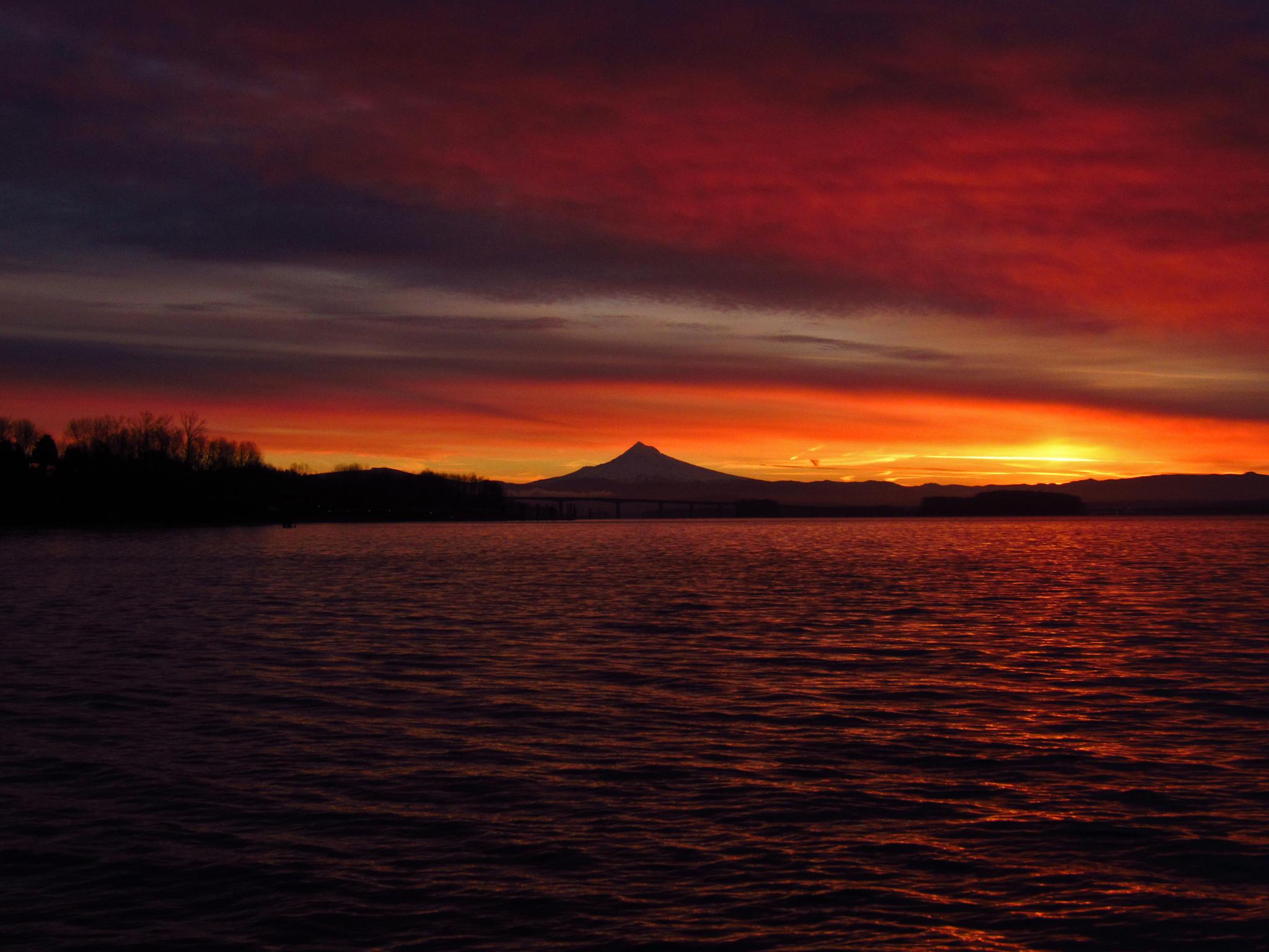 A beautiful sunset at eagle mountain lake. Download Mountain Lake Sunset Royalty Free Stock Photo And Image