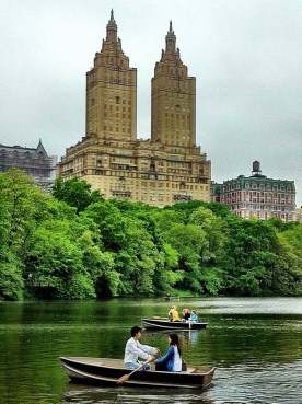 Row row row the boat gently down the stream #iphoneography #photography #nyc #centralpark