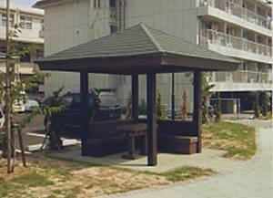 エコマウッド サマ-ハウス