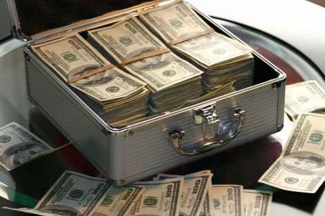tradeoffs economics: abundance bank banking banknotes