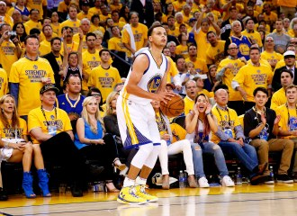 Curry Warriors 3 pointer