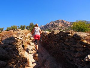 Hike lake bafa monastery