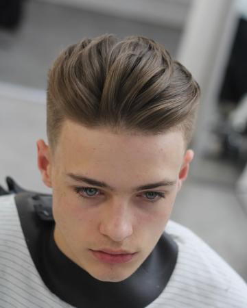 alan_beak-long-mens-hairstyle