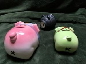 奄美ゲストハウス昭和荘の豚の人形