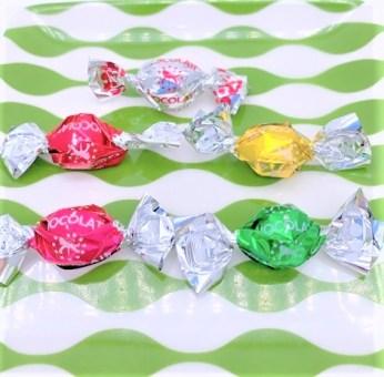 高岡食品工業 タカオカチョコレート チョコだま チョコ玉 チョコレートボール 懐かしいお菓子 japanese-nostalgia-snacks-takaokachocolate-choco-dama-sugar-coating-chocolate-ball