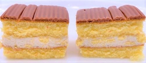 ブルボン マロンブラン 秋 ミニサイズケーキ お菓子 2020 japanese-snacks-bourbon-marron-blanc-chestnut-soft-cake