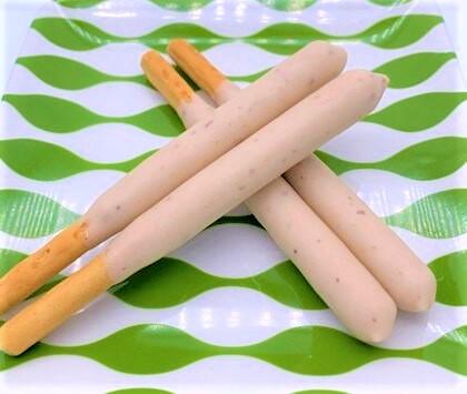 江崎グリコ ポッキー 贅沢仕立て アーモンドミルク&ナッツ薫るビスキュイ お菓子 2020 japanese-snacks-glico-mikado-almond-milk-chocolate-2020