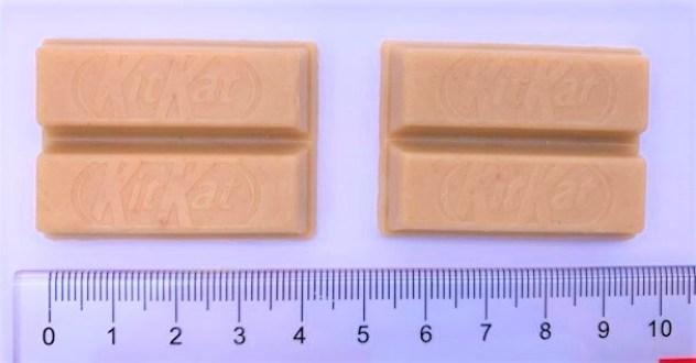 ネスレ日本 キットカットミニ 全粒粉ビスケットin 袋 お菓子 2021 japanese-snacks-nestle-japan-kitkat-mini-chocolate-digestive-biscuit-in-2021