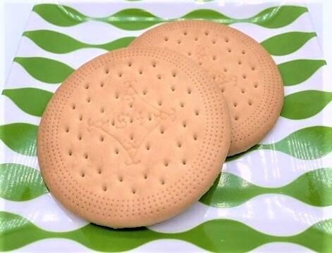 イトウ製菓 かーさんケット ビスケット 透明のパック袋 懐かしいお菓子 2021 japanese-nostalgia-snacks-mr-ito-seika-ka-san-ketto-hard-biscuit-2021