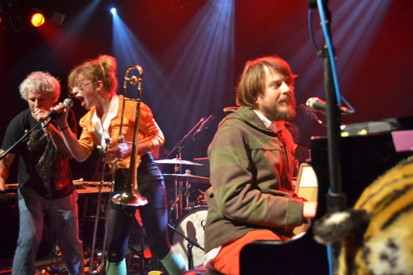 Marco Benevento joined the Mike Dillon group for their final song in his casual pre-show digs.
