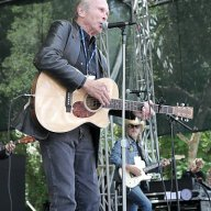 Dave Alvin & Phil Alvin with the Guilty Ones