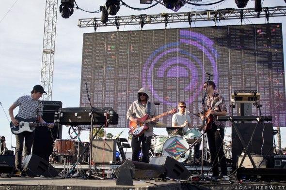 CRSSD Festival - STRFKR