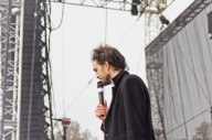 Air + Style – Edward Sharpe and the Magnetic Zeros