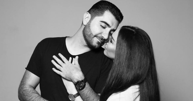 Այս անգամ էլ Վաչե Թովմասյանի կինն անուղղակիորեն անդրադարձավ իր ու ամուսնու  ամուսնալուծության հարցինArena News
