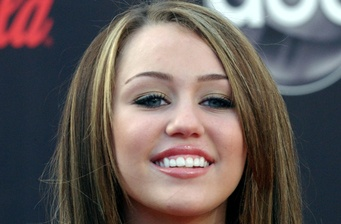 "Miley Cyrus might go nude for ""Undiscovered Gyrl"""