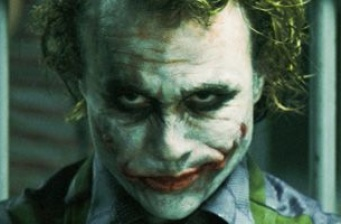 'The Dark Knight': Breaks box-office record