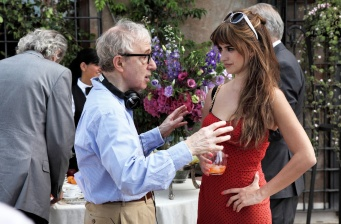 New pics of Penélope Cruz in 'To Rome with Love'