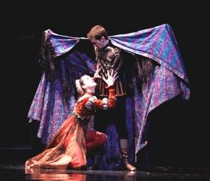 Joffrey Ballet - Othello - Valerie Robin and Matthew Adamczyk