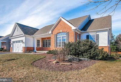 27 Sterling Drive Hanover PA 17331