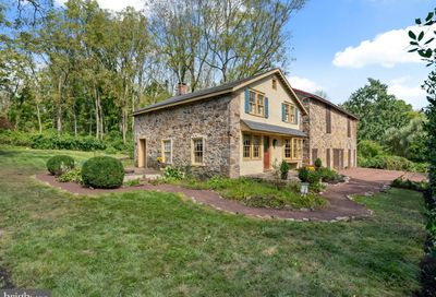 2682 Aquetong Road New Hope PA 18938
