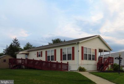 122 Parkside Court North Wales PA 19454