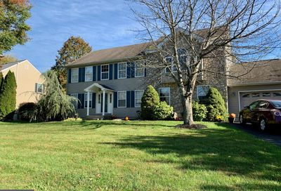 5460 Geddes Way Pipersville PA 18947