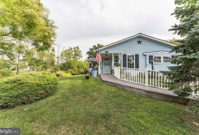494 Goldenrod Crossing W New Hope PA 18938