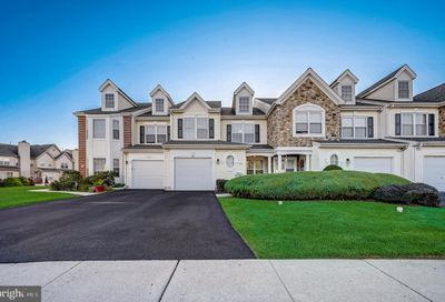 305 Holly Hill Court Warminster PA 18974