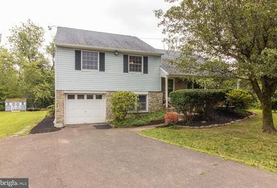 427 Upper State Road Chalfont PA 18914