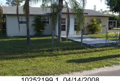 3249 Canal St Fort Myers FL 33916