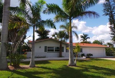 7372 Willems Dr Fort Myers FL 33908