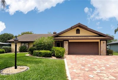 5320 Chippendale Cir W Fort Myers FL 33919