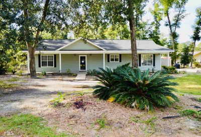 90 Cove Way W Waverly GA 31565