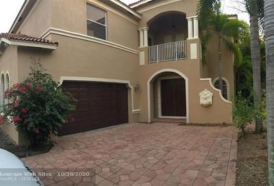 1331 Beacon Cir Wellington FL 33414