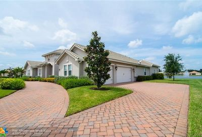 5301 S Sterling Ranch Circle Davie FL 33314