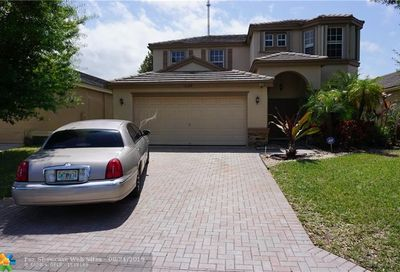 10374 White Pinto Ct Wellington FL 33449