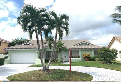 5126 NW 59th Way Coral Springs FL 33067