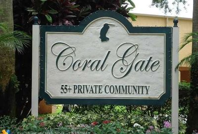5805 Coral Lake Dr Margate FL 33063